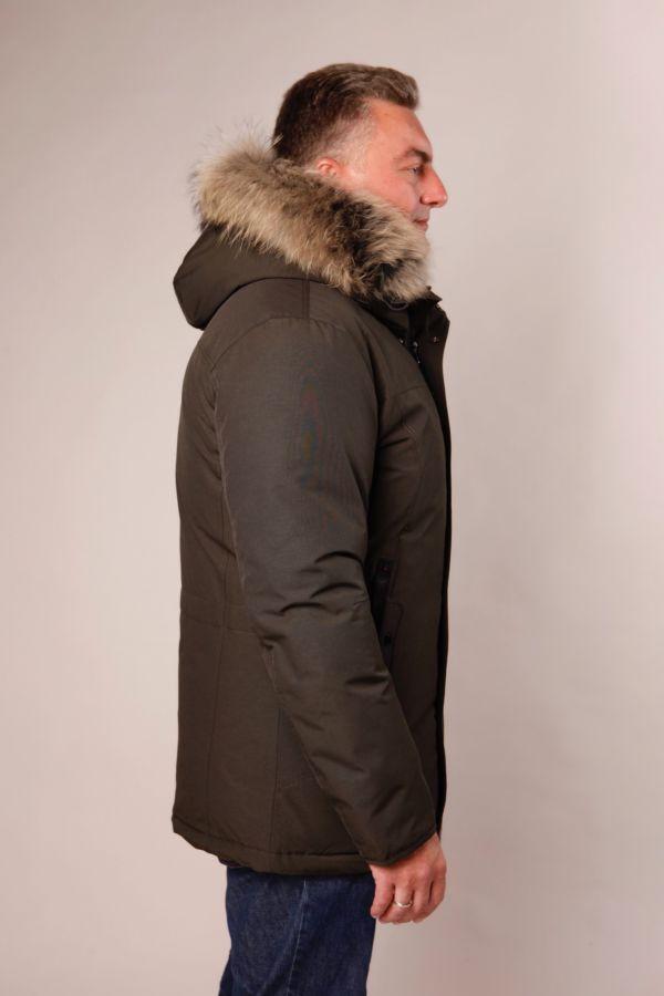 Winterparka für Herren in khaki mit Waschbärpelz
